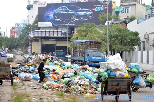 Chất thải sinh hoạt ra môi trường