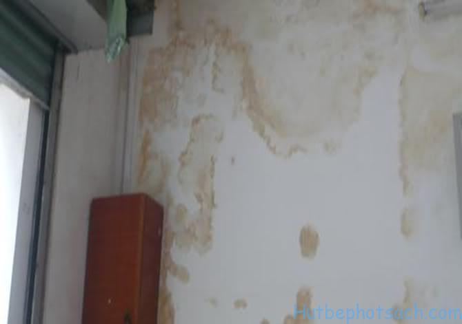 Thấm dột tường nhà làm giảm tuổi thọ nhà